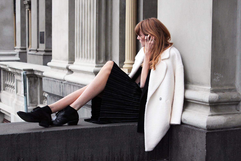 love-rush-meike-stein-displace-pinstripe-dress