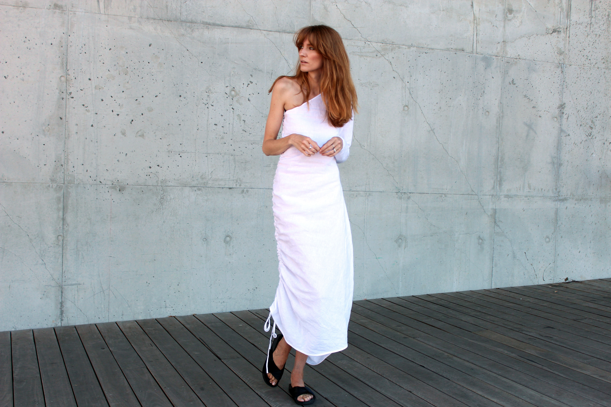loverush_Georgia-Alice_white-linen_outfit-style_5-a